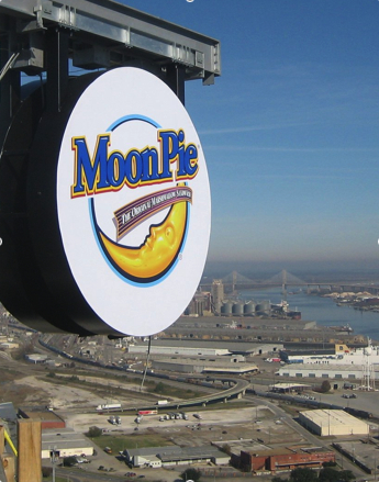 moonpie-over-mobile